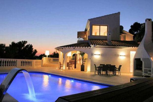 Case di lusso calo dei prezzi in arrivo i compratori europei for Case di lusso