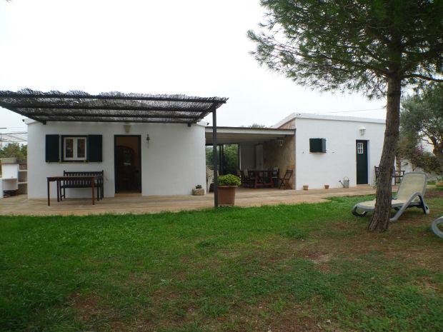 Bella casa in vendita nella campagna di minorca con piscina for Bella casa con piscina