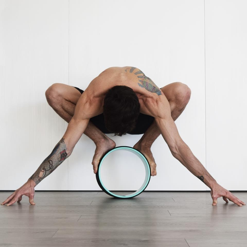 fare yoga a minorca
