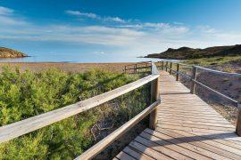 Isola di Minorca: cosa vedere e quali assicurazioni viaggio fare