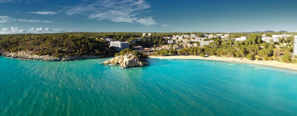 Hotel con vista al mare a Minorca