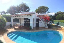 Chalet con piscina (e licenza turistica) in vendita a Cala'n Blanes
