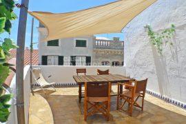 casa in vendita a Mahon con magnifica terrazza panoramica sulla città