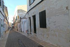 Casa menorquina en el centro de Mahón en venta