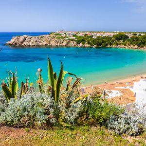 playa de arenal d'en castell menorca
