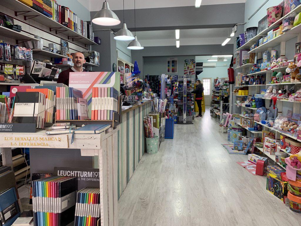 Librería Poussinet a Sant Lluis