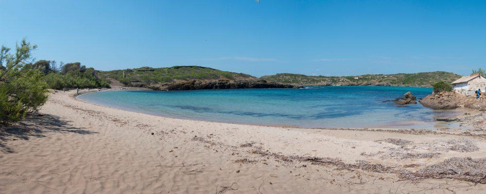 Traslado en lancha a la isla de Colom desde Es Grau